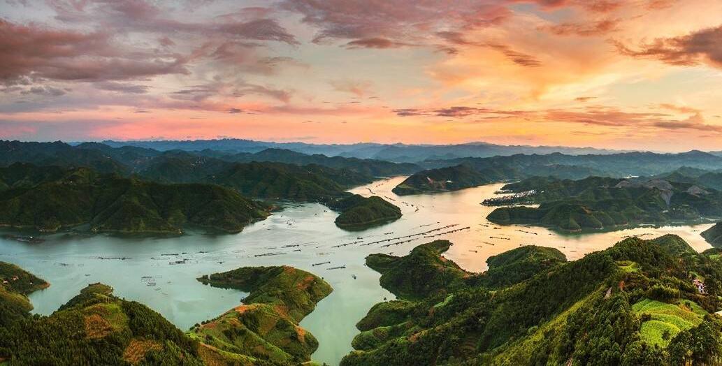 黔西南州人文生态环境居全国前列